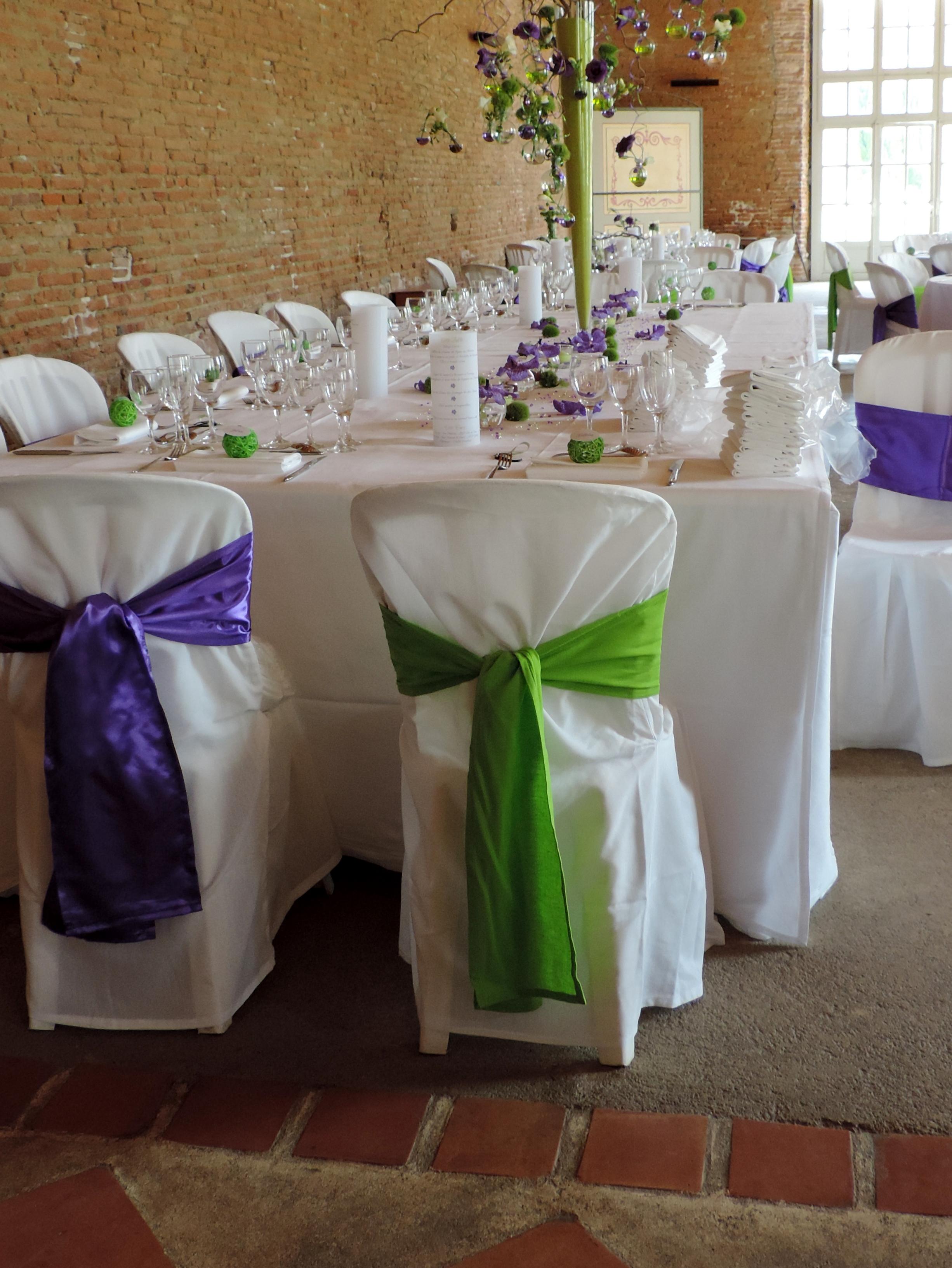 Les housses de sophie vert anis - Housse de chaise vert anis ...